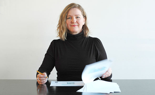 Cecilia Kollross, independent designer with experience in architecture and interior  design.