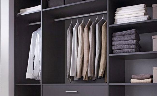 Kledingkasten van theCabinetshop zijn voor alle maten. Van jeans tot avondtoilet.