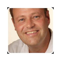 Michel Versteeg - EmComm, adviseur, projectleider, content manager, energieke generalist met 25 jaar ervaring in communicatie en marketing.