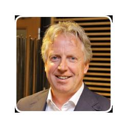 Theo Basten, professionele ondernemer in de grafische industrie met ruim 40 jaar ervaring.